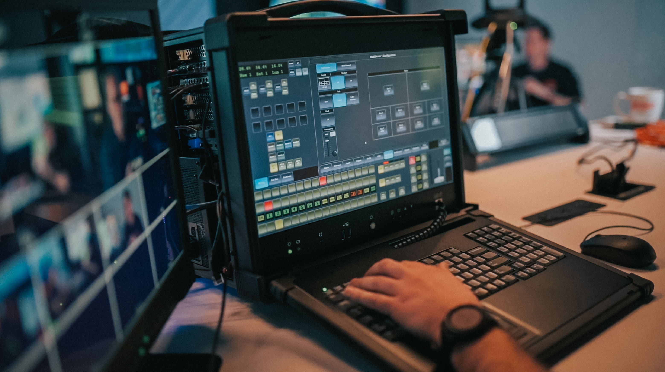 Graphite Portable Production Center